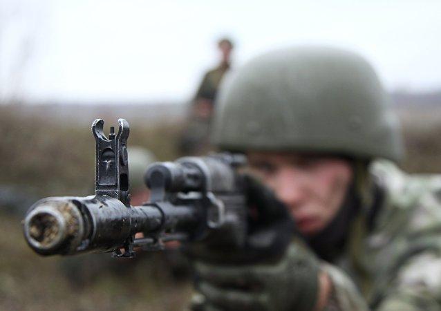 Un miliciano de Donbás (imagen referencial)