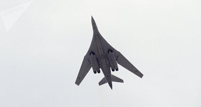 El bombardero Tupolev Tu-160