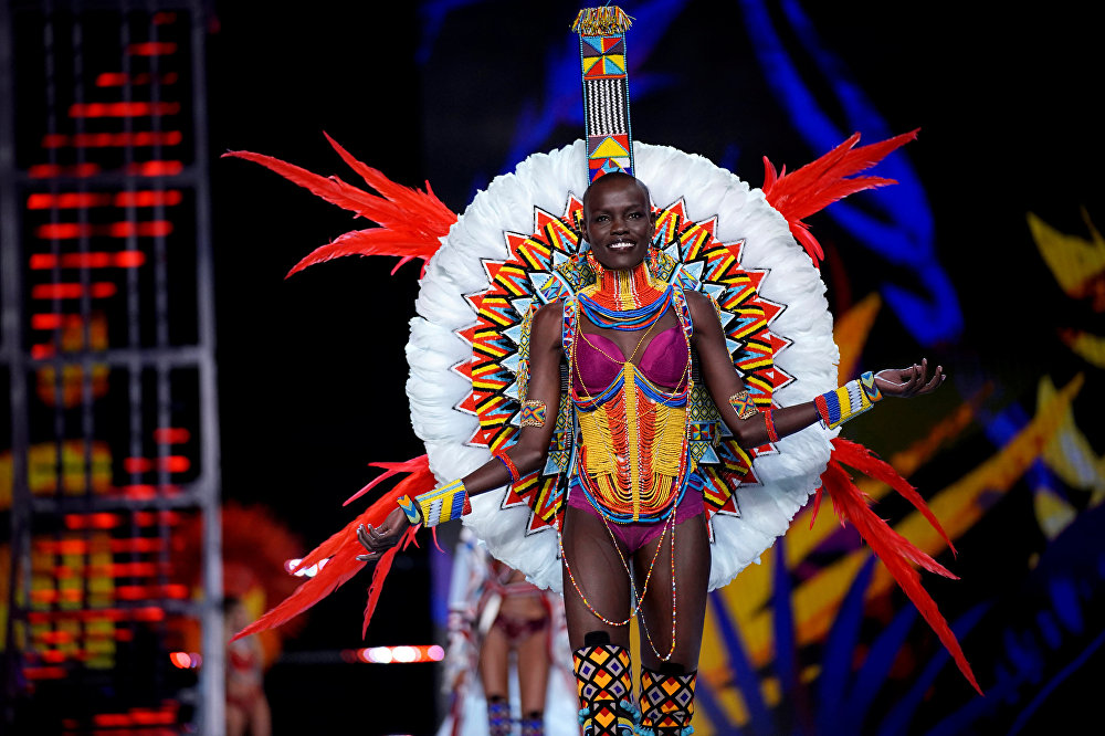 Model Grace Bol presents a creation during the 2017 Victoria's Secret Fashion Show in Shanghai, China, November 20, 2017