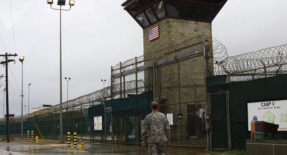 No está previsto devolver la base militar de Guantánamo a Cuba, dice el Pentágono