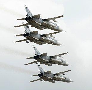 Bombarderos rusos Su-24 (imagen referencial)