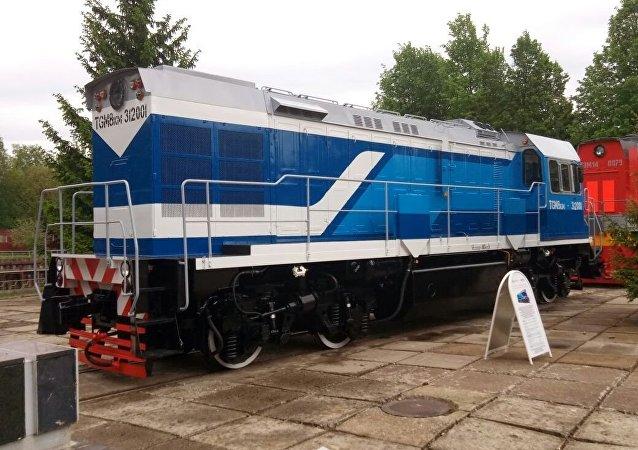 Locomotora rusa TGM8KM