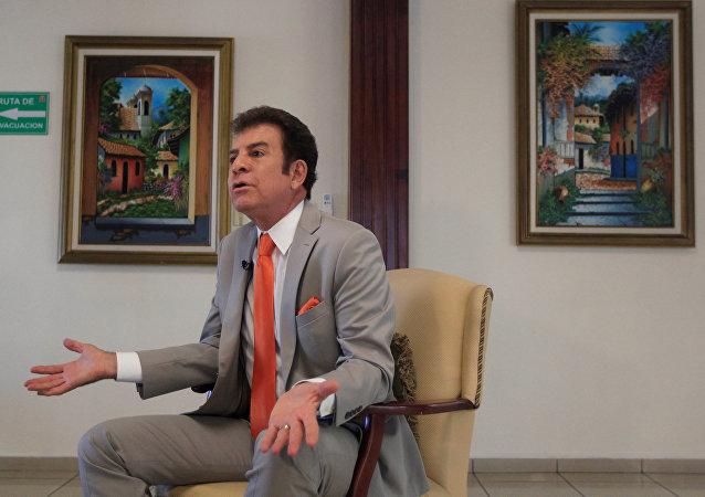 Salvador Nasralla, el candidato a la presidencia de Honduras