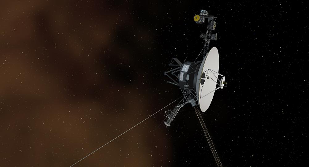 Los propulsores de la Voyager despiertan después de 37 años