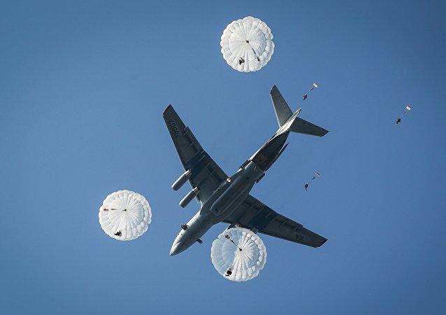 Avión ruso Il-76MD