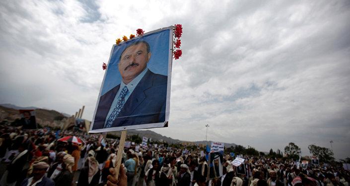 Los partidarios del expresidente de Yemen, Alí Abdalá Salé (archivo)