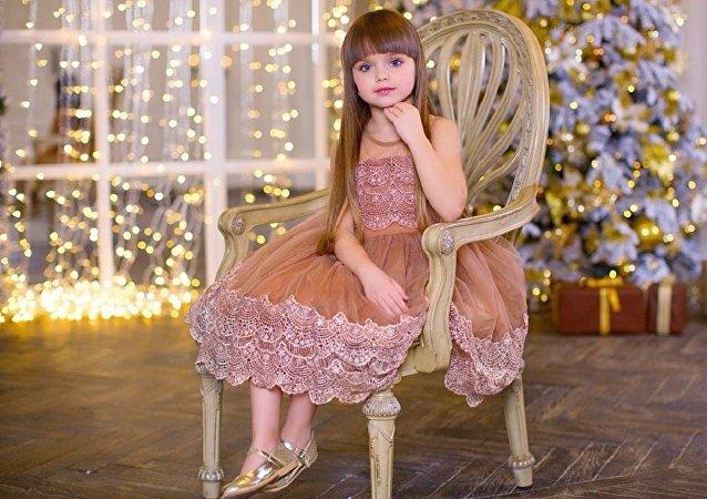 Anastasia Kniázeva, la niña más guapa del mundo