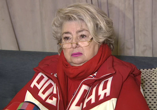 Destacada entrenadora rusa no puede contener las lágrimas tras conocer la decisión del COI