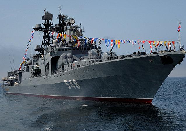 El destructor antisubmarino ruso Almirante Panteleyev