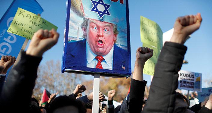 Crece la tensión en Jerusalén: Israel lanzó ataque aéreo contra Gaza
