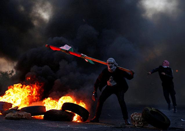 Manifestantes palestinos