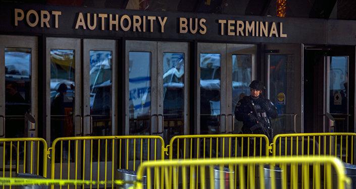 Alcalde de NY identifica al autor de atentado en estación de Autobuses