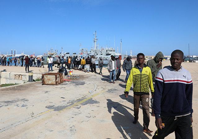 Migrantes en Libia (archivo)