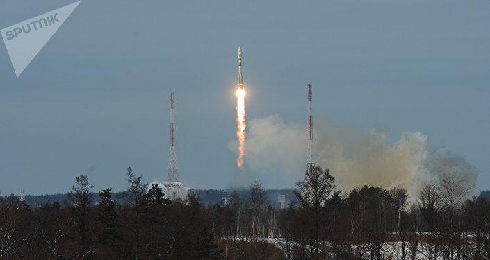 Lanzamiento del cohete Soyuz 2.1b desde el cosmódromo Vostochni (ARCHIVO)