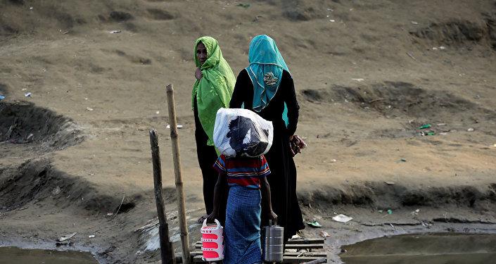 Los refugiados rohinyás en la frontera entre Birmania y Bangladés
