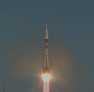 El lanzamiento del cohete Soyuz con los nuevos tripulantes de la EEI