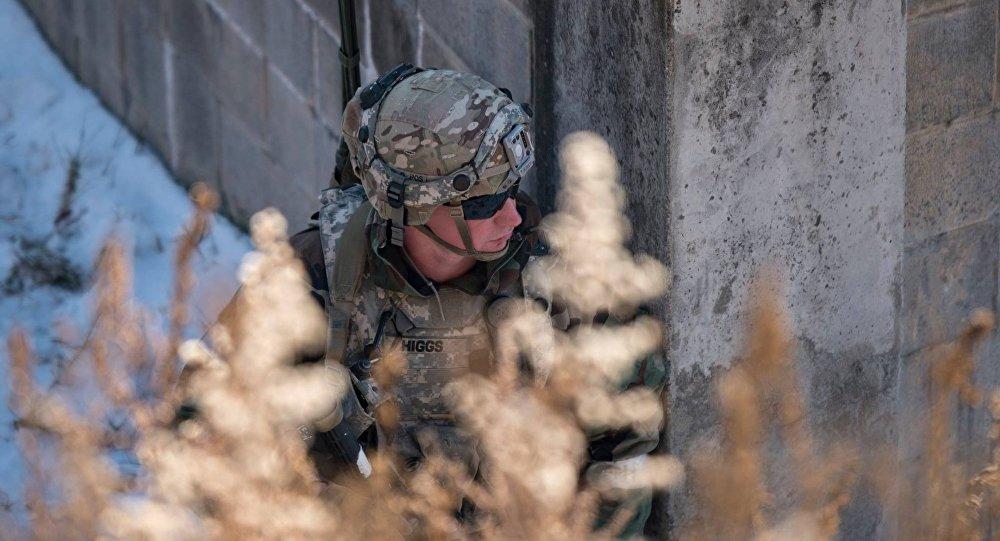 Un soldado de EEUU durante los ejercicios Warrior Strike IX