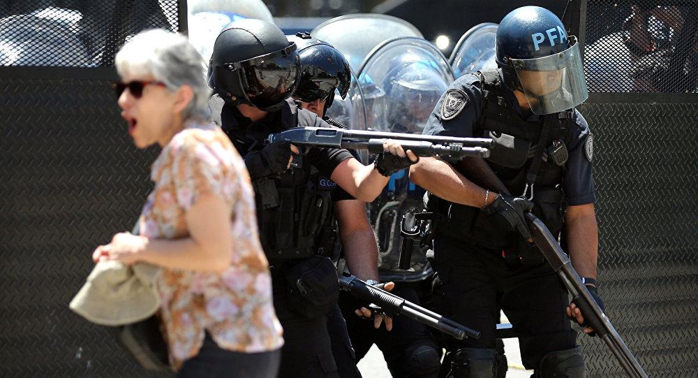 Delcy Rodríguez condena represión de protestas en Argentina