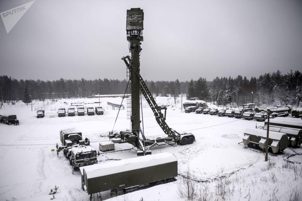 El 'Triunfo', a toda máquina: las maniobras de los S-400