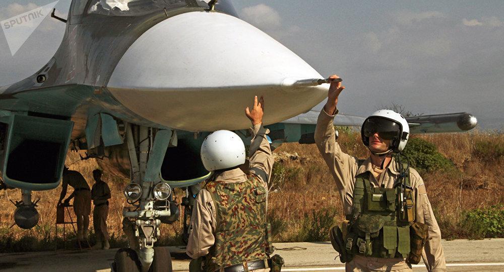 Pilotos rusos en la base aérea siria de Hmeymim