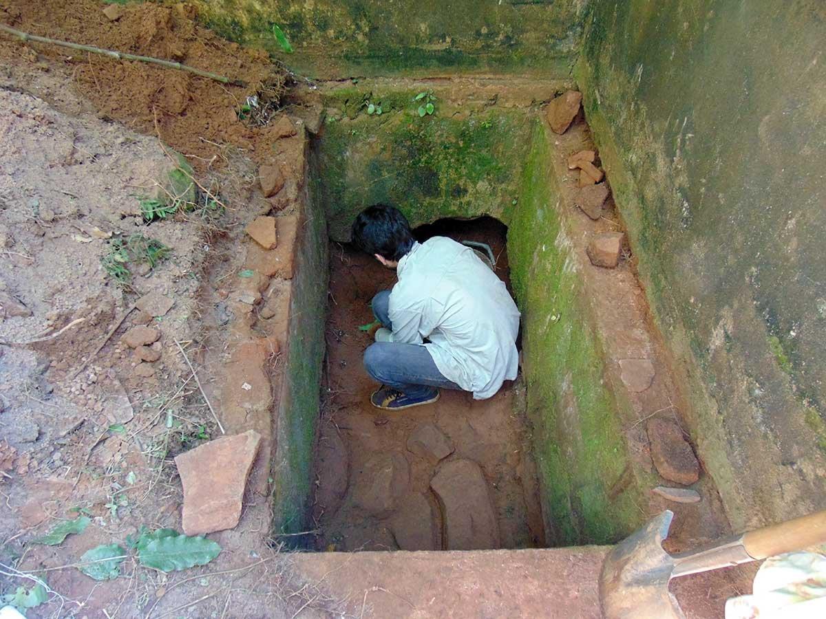 Especialistas trabajan en las ruinas de Teyú Cuaré, el supuesto refugio nazi en Misiones, Argentina