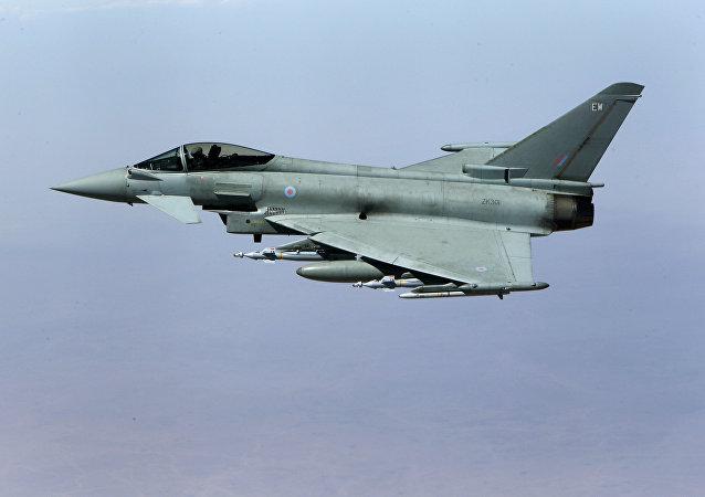 Caza británico Eurofighter Typhoon