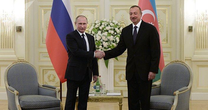 Presidente ruso, Vladímir Putin, y presidente azerbaiyano, Ilham Aliyev