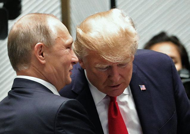 El presidente de EEUU, Donald Trump, y su homólogo ruso, Vladímir Putin (archivo)