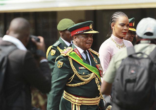 Constantino Chiwenga, nuevo vicepresidente de Zimbabue
