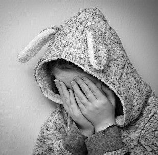 Una niña triste (imagen referencial)