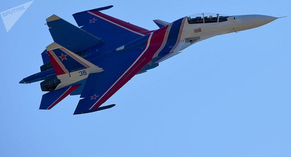Un caza Su-30SM, foto de archivo