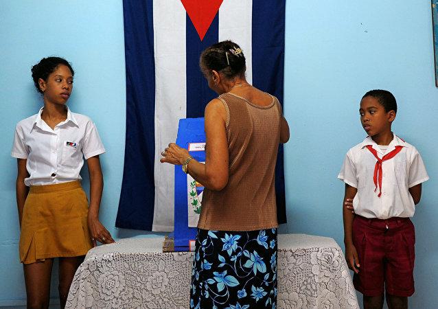 Un colegio electoral en La Habana, archivo
