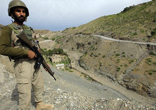 Soldado pakistaní (archivo)