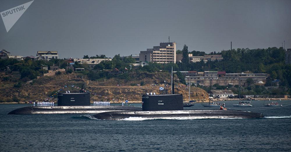 Submarinos de la Flota rusa del Mar Negro en Sebastopol