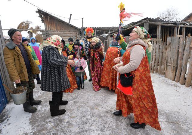 Magia, adivinaciones y esperanza: cómo celebra Rusia las Sviatki