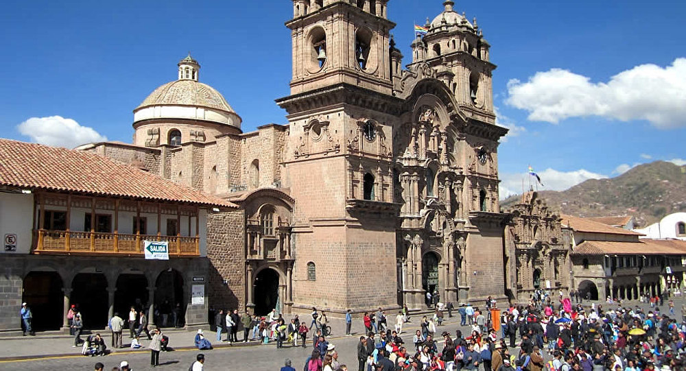 Padres de joven española desaparecida en Cusco llegaron a Perú