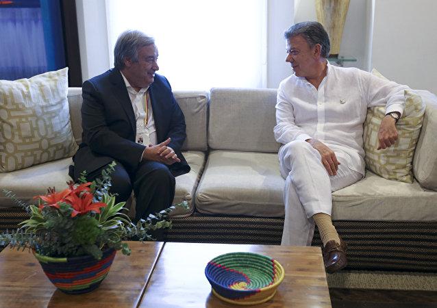 El secretario General de la ONU, António Guterres y el presidente de Colombia, Juan Manuel Santos