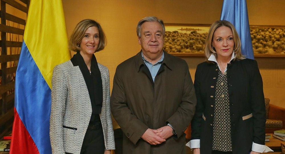 Viceministra de Relaciones Exteriores de Colombia, Patti Londoño, Secretario General de la ONU, António Guterres, y Embajadora de Colombia ante las Naciones Unidas, María Emma Mejía