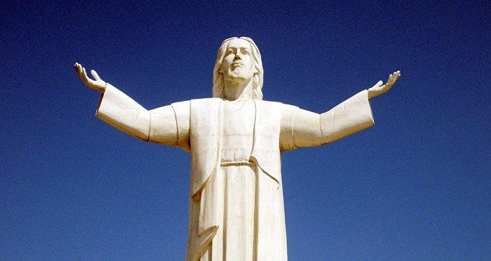 La estatua del Cristo del Pacífico, foto de archivo