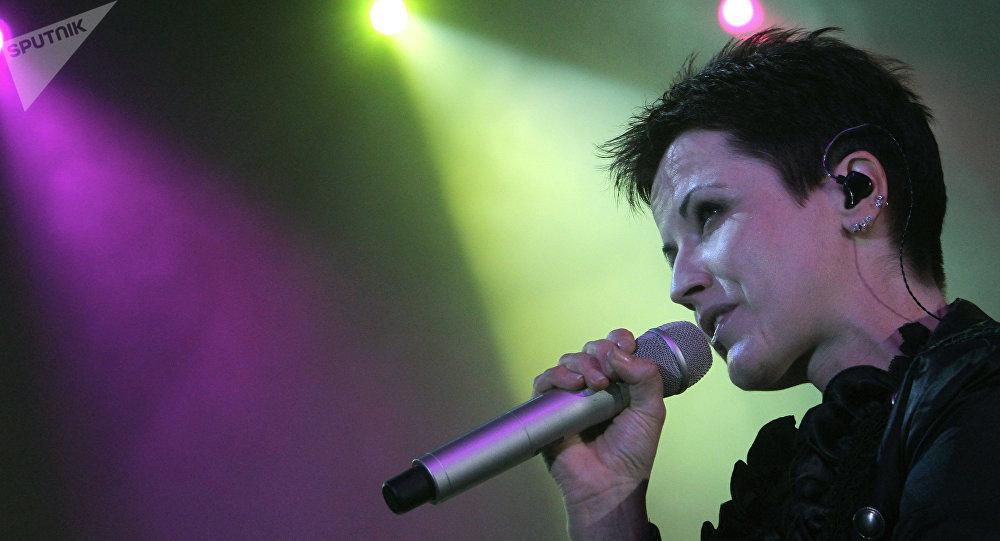Dolores O'Riordan, durante un concierto en Moscú