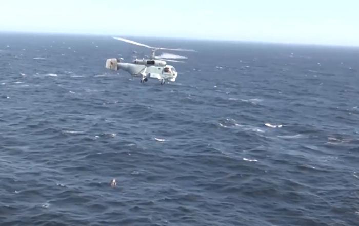 Así dan caza los helicópteros rusos Ka-27PL a los submarinos enemigos
