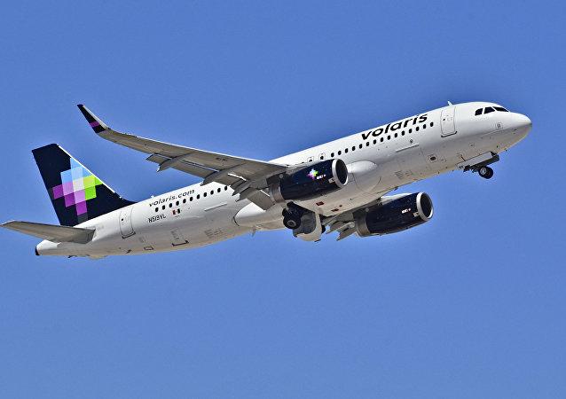 Airbus 320-233 de la compañía mexicana Volaris (imagen referencial)