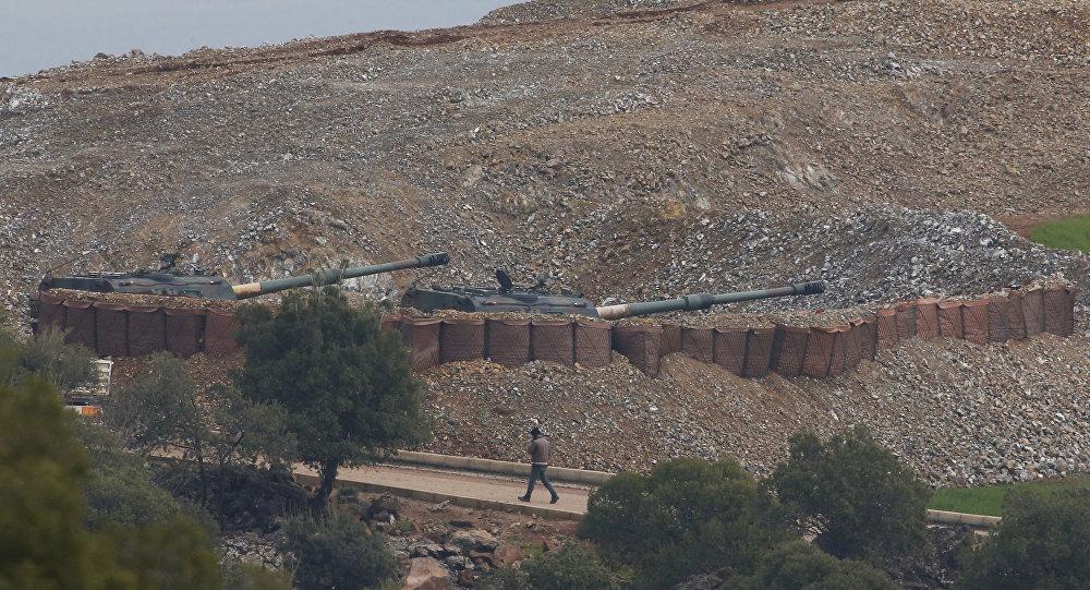 Artillería turca ataca posiciones kurdas en la frontera entre Turquía y Siria (archivo)
