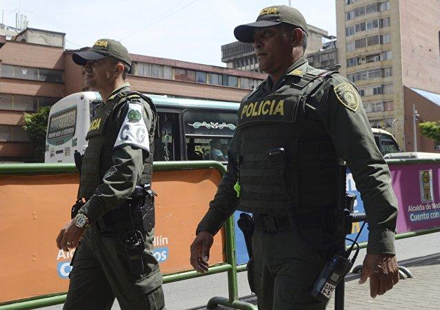 Policía colombiana (colombiana)