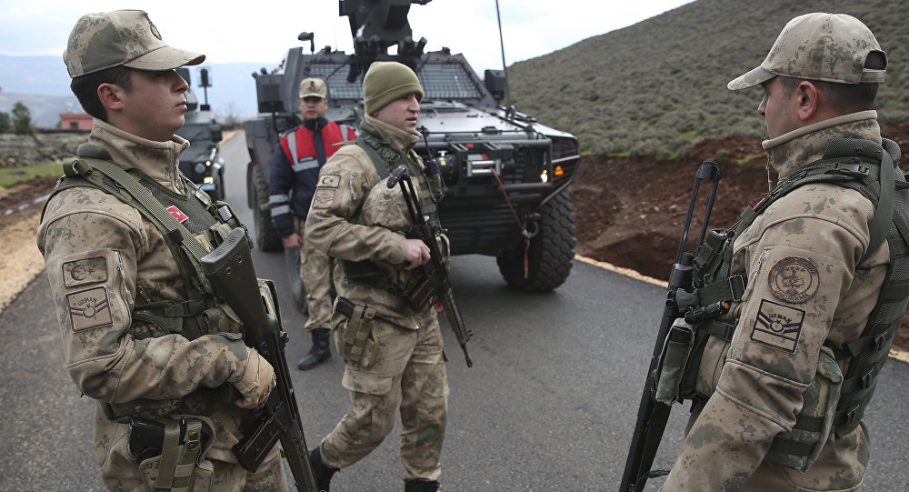Ejército turco en la frontera con Siria