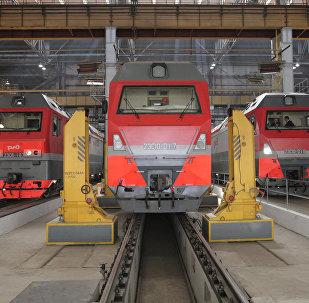 Locomotoras eléctricas producidas por la compañía rusa Sinara y la empresa alemana Siemens AG (archivo)