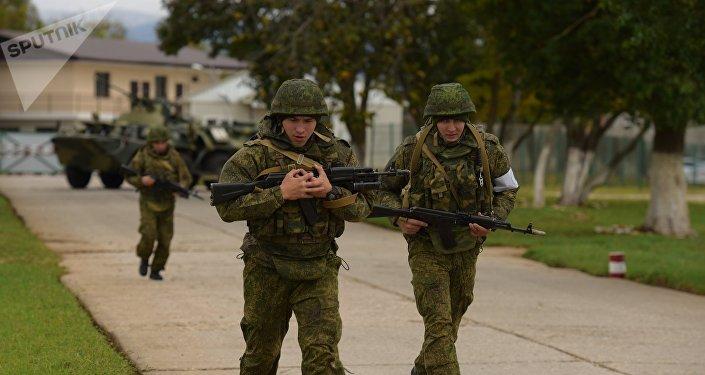 Los militares de la base rusa en Abjasia durante un entrenamiento antiterrorista