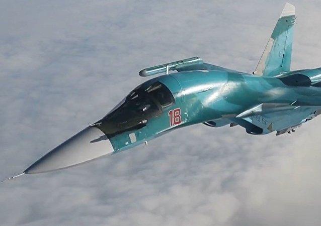 Imparables cazas y bombarderos rusos se reabastecen directamente en el aire