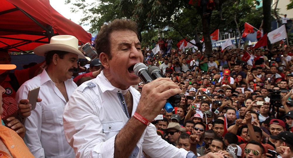 Salvador Nasralla, el excandidato presidencial y líder de la Alianza de Oposición de Honduras