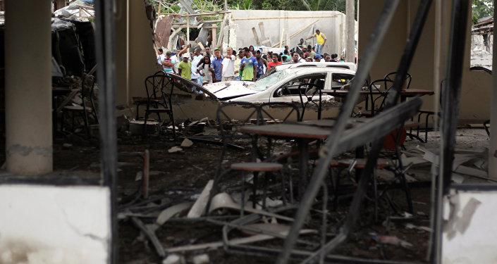 Consecuencias del atentado ocurrido cerca de una estación policial en Ecuador